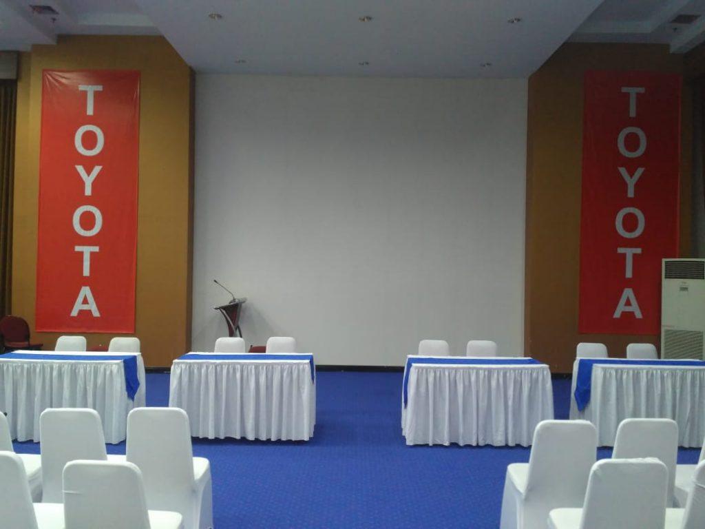Pusat Rental Alat Event Terlengkap di Cakung Bekasi terlengkap - Meja Kotak dan Kursi Futura berkualitas dan Murah