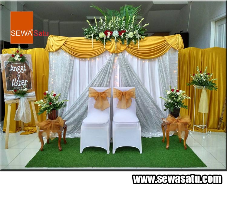 Sewa dekorasi meriah, mewah dan berkelas untuk dekorasi penting saat acara pertunangan anda