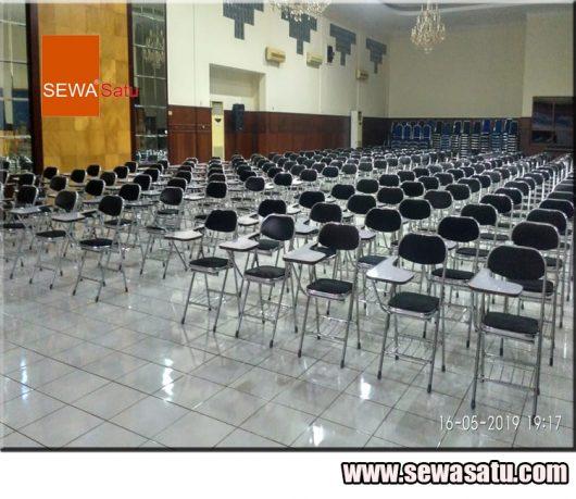 Rental kursi kuliah praktis berkualitas murah di Bekasi